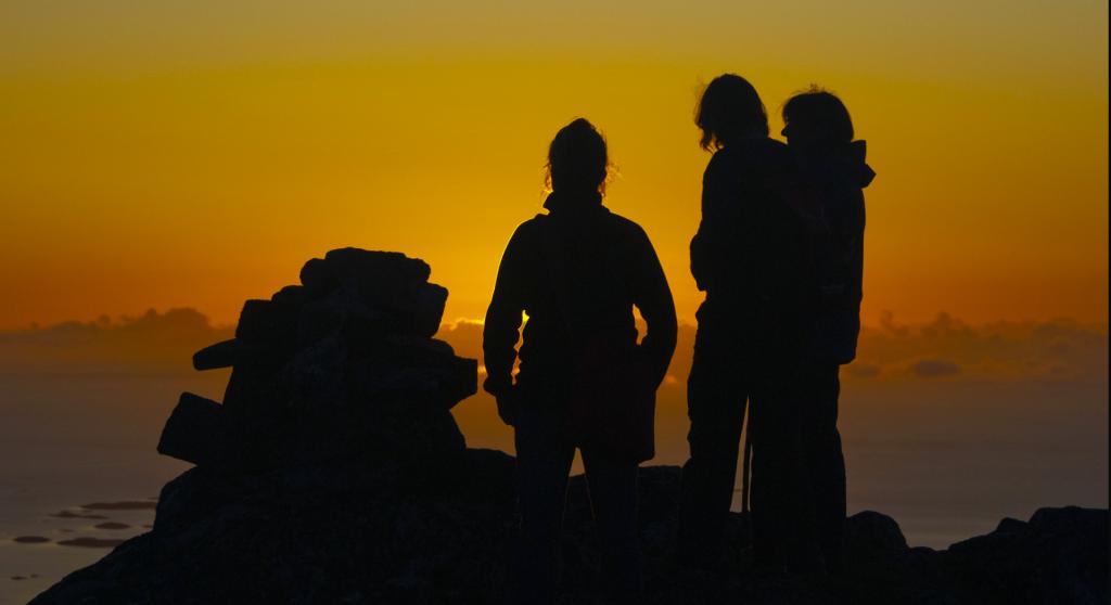 I solnedgangen kan det være fantastisk lys og stemning på fjellene.